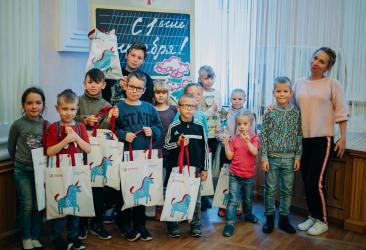 1 сентября УБРиР поздравил детей с началом учебного года