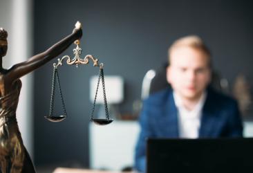 Бизнес-юрист