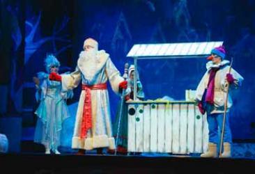 Дети с ОВЗ посетили новогодний мюзикл в Детской филармонии
